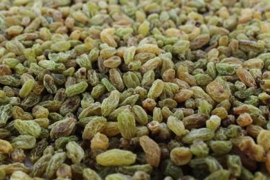 Xinjiang green raisins