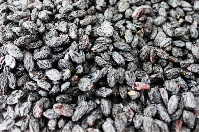 Black Rose Raisin Sale
